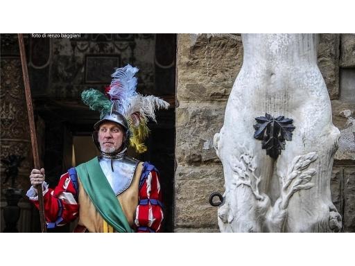 Fondo / Negozio / Ufficio in vendita a Firenze zona Piazza santa maria novella-piazza ognissanti - immagine 4