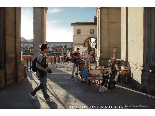 Attività commerciale in vendita a Firenze zona Piazza santa maria novella-piazza ognissanti - immagine 1
