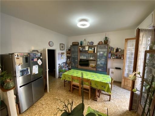 Appartamento in vendita a Montelupo Fiorentino, 4 locali, zona Località: MONTELUPO FIORENTINO, prezzo € 210.000 | Cambio Casa.it