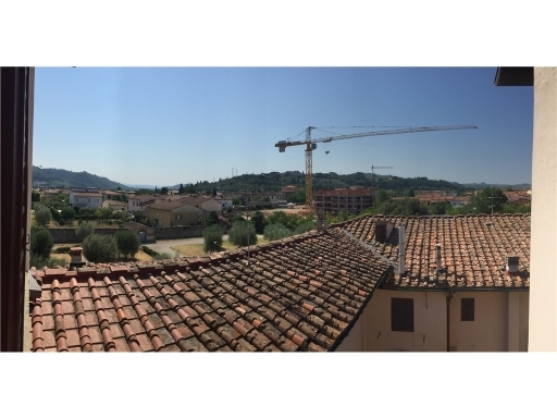 Appartamento in vendita a Montelupo Fiorentino, 3 locali, zona Località: MONTELUPO FIORENTINO, prezzo € 140.000 | Cambio Casa.it