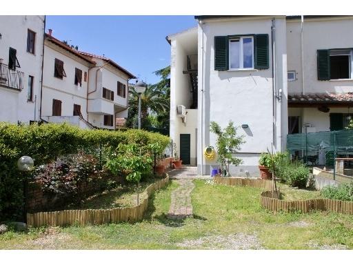 Appartamento in vendita a Empoli, 4 locali, zona Località: SANTA MARIA, prezzo € 215.000 | Cambio Casa.it