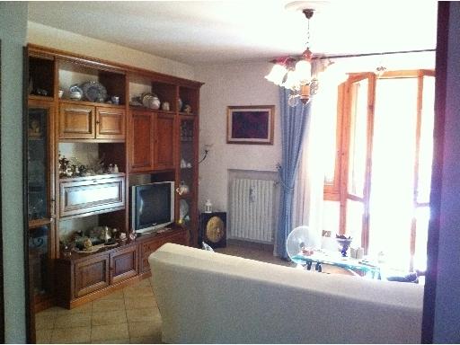Appartamento in vendita a Montelupo Fiorentino, 4 locali, zona Località: ERTA, prezzo € 230.000 | Cambio Casa.it