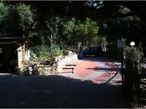 Appartamento in vendita a Capraia e Limite, 5 locali, zona Località: CASTRA, prezzo € 450.000 | Cambio Casa.it