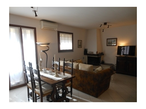 Appartamento in vendita a Montespertoli, 4 locali, zona Località: BACCAIANO, prezzo € 235.000 | Cambio Casa.it