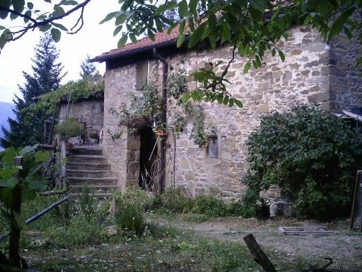 Azienda Agricola in vendita a Poppi, 10 locali, zona Località: POPPI, prezzo € 260.000 | Cambio Casa.it