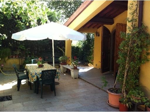 Rustico / Casale in vendita a Montespertoli, 17 locali, zona Località: POPPIANO, prezzo € 580.000 | CambioCasa.it