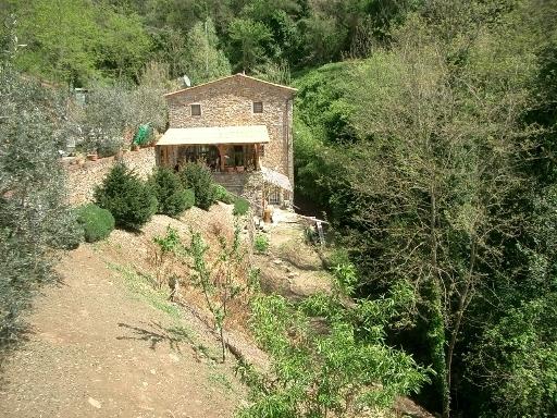 Rustico / Casale in vendita a Vinci, 4 locali, zona Località: VINCI, prezzo € 200.000 | Cambio Casa.it