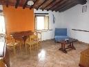 scarperia, paese, caratteristico e luminosissimo appartamento composto da: soggiorno con angolo cottura, 2 camere, oltre servizio.
