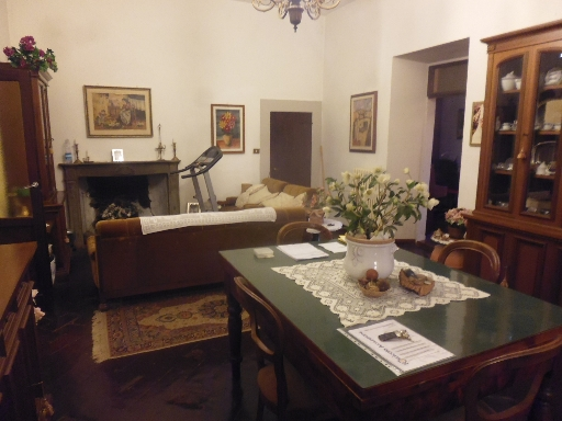 Appartamento in vendita a Dicomano, 6 locali, zona Località: DICOMANO, prezzo € 200.000 | PortaleAgenzieImmobiliari.it
