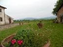 borgo san lorenzo, a 3 km dal centro, ottimo contesto, delizioso loft in stile toscano. canone comprensivo di consumi nel periodo estivo. - classe energetica in elaborazione