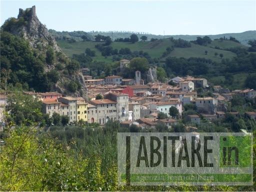 Appartamento in vendita a Roccalbegna, 4 locali, zona Località: ROCCALBEGNA, prezzo € 123.000 | Cambio Casa.it