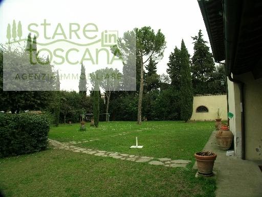 Villa in vendita a Scandicci, 22 locali, zona Località: CENTRO, Trattative riservate | CambioCasa.it