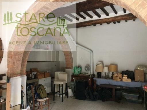 Villa a Schiera in vendita a Peccioli, 7 locali, zona Località: CEDRI, prezzo € 160.000 | CambioCasa.it
