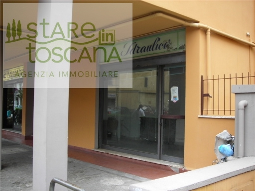 FONDO / NEGOZIO / UFFICIO commerciale in  affitto a CASELLINA - SCANDICCI (FI)