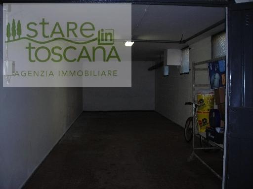 GENERICO garage in  affitto a CENTRO - SCANDICCI (FI)