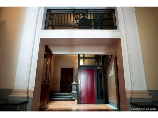 APPARTAMENTO civile abitazione in  vendita a OBERDAN-GIOBERTI - FIRENZE (FI)