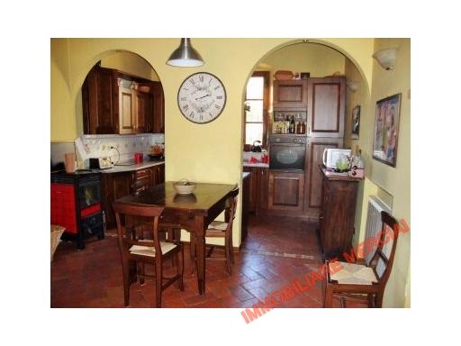 Appartamento in Vendita a Gaiole in Chianti