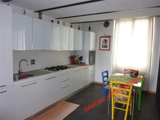 Appartamento in vendita a Bagno a Ripoli, 4 locali, zona Località: ANTELLA, prezzo € 260.000 | Cambio Casa.it