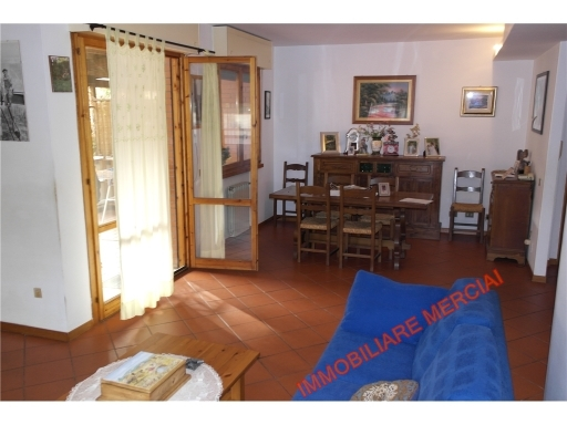 Appartamento in vendita a Greve in Chianti, 5 locali, zona Località: SAN POLO IN CHIANTI, prezzo € 195.000 | CambioCasa.it