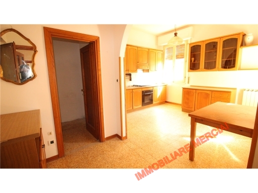 Appartamento in vendita a Greve in Chianti, 3 locali, zona Località: CHIOCCHIO, prezzo € 150.000 | Cambio Casa.it