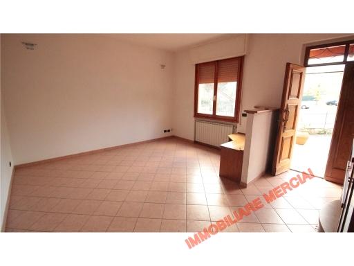 Appartamento in affitto a Greve in Chianti, 4 locali, zona Località: SAN POLO IN CHIANTI, prezzo € 650   CambioCasa.it