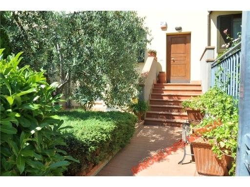 Villa in vendita a Greve in Chianti, 5 locali, zona Località: GRETI, prezzo € 270.000 | Cambio Casa.it
