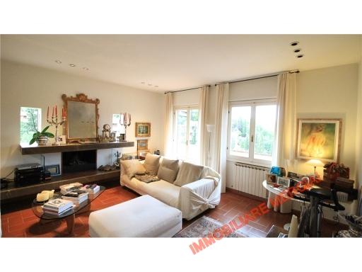 Villa in vendita a Bagno a Ripoli, 6 locali, zona Località: GRASSINA, prezzo € 610.000 | Cambio Casa.it