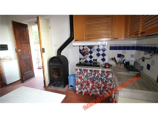 Rustico / Casale in vendita a Greve in Chianti, 5 locali, zona Località: SAN POLO IN CHIANTI, prezzo € 220.000 | CambioCasa.it