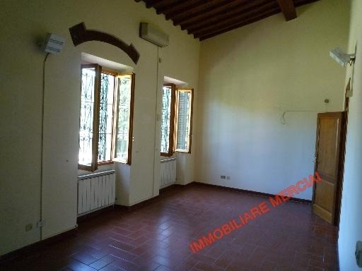Ufficio / Studio in affitto a Bagno a Ripoli, 3 locali, zona Località: GRASSINA, prezzo € 900 | Cambio Casa.it