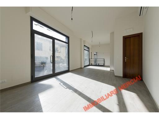Immobile Commerciale in affitto a Bagno a Ripoli, 2 locali, zona Località: GRASSINA, prezzo € 1.200 | Cambio Casa.it