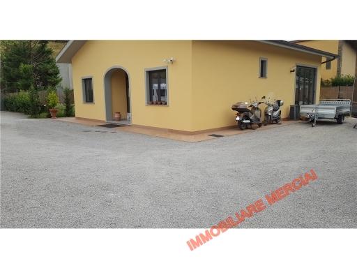 Immobile Commerciale in Vendita a Firenze