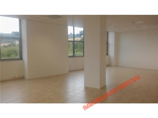 Ufficio / Studio in affitto a Bagno a Ripoli, 9 locali, zona Località: CAPANNUCCIA, prezzo € 6.000 | CambioCasa.it