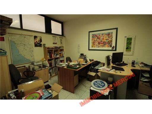 Stanza Ufficio Firenze : Uffici e studi in affitto a firenze cambiocasa