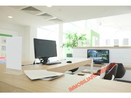 Ufficio / Studio in affitto a Bagno a Ripoli, 1 locali, zona Località: GRASSINA, prezzo € 400 | CambioCasa.it