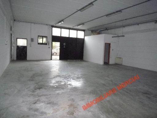 Laboratorio in vendita a Greve in Chianti, 5 locali, zona Località: STRADA IN CHIANTI, prezzo € 240.000 | Cambio Casa.it