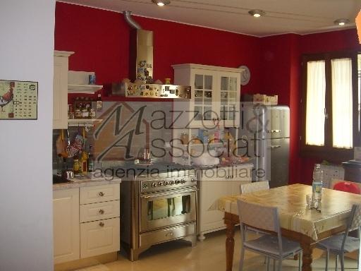 Appartamento in vendita a Montalenghe, 3 locali, zona Località: MONTALE, prezzo € 150.000 | CambioCasa.it