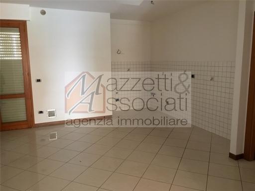 Appartamento in affitto a Montecatini-Terme, 4 locali, zona Località: MONTECATINI TERME, prezzo € 700 | CambioCasa.it