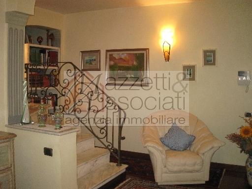 Villa Bifamiliare in vendita a Quarrata, 7 locali, zona Località: QUARRATA, prezzo € 450.000 | Cambio Casa.it