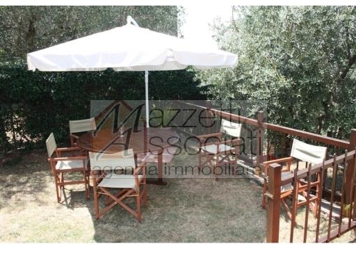 Villa Bifamiliare in vendita a Monsummano Terme, 9 locali, zona Località: MONSUMMANO TERME, prezzo € 495.000 | CambioCasa.it