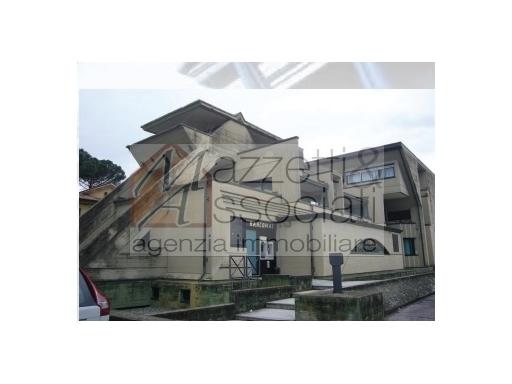 Ufficio / Studio in vendita a Chiesina Uzzanese, 5 locali, zona Località: CHIESINA UZZANESE, prezzo € 300.000 | Cambio Casa.it