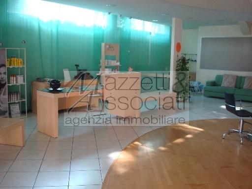 Negozio Affitto AGLIANA SAN NICCOLO' Mq 280 euro 2000