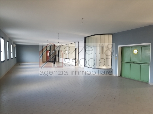 CAPANNONE / MAGAZZINO-MONTALE-MONTALE