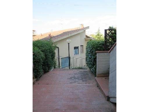 Appartamento in affitto a Montespertoli, 4 locali, zona Località: POPPIANO, prezzo € 650 | CambioCasa.it