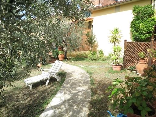 Villa in affitto a San Casciano in Val di Pesa, 7 locali, zona Località: GENTILINO, prezzo € 1.300 | CambioCasa.it