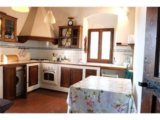 Rustico / Casale in vendita a Scandicci, 5 locali, zona Località: SAN VINCENZO A TORRI, prezzo € 730.000 | CambioCasa.it