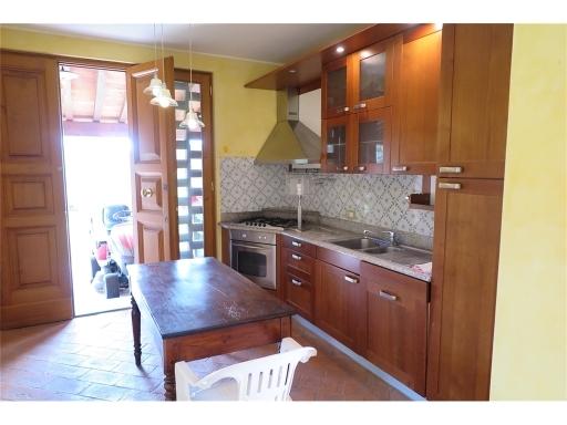 Rustico / Casale in affitto a Scandicci, 4 locali, zona Località: SAN VINCENZO A TORRI, prezzo € 780 | CambioCasa.it